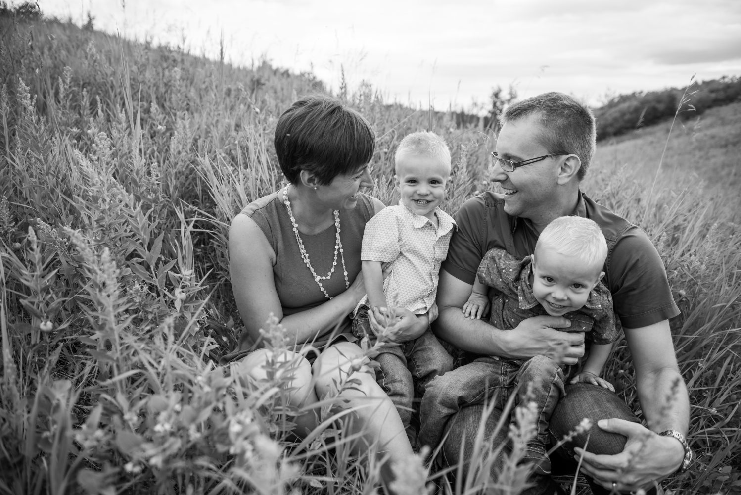A family session with twin boys on Nose hill park in Calgary Alberta | 3Haus Photographics