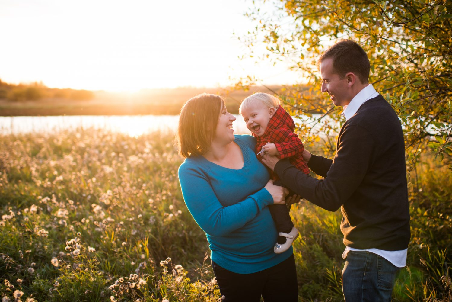 Golden hour family photo session at Lois Hole Provincial Park