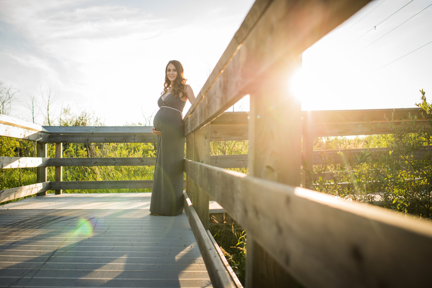 Beautiful light and authentic portraits at this maternity session in Lois Hole Provincial Park | 3Haus Photographics