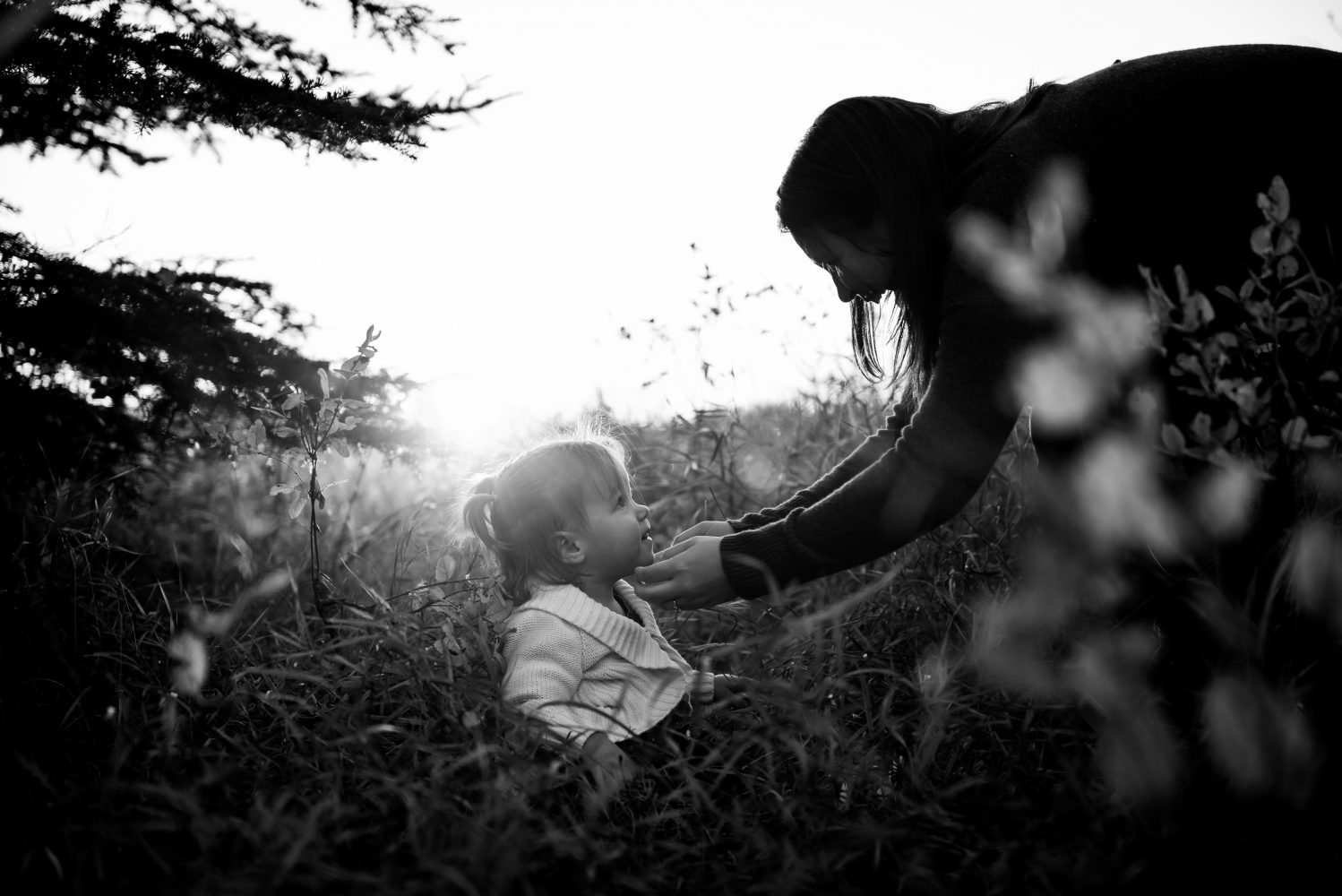 A stunning black and white photograph of a mom and her beautiful daughter | 3haus Photographics