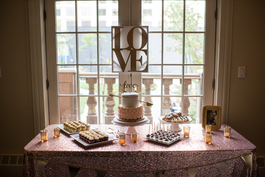 Union Bank Inn Wedding, Fabloomosity florals, Art of Cake Wedding cake, DIY gold and blush wedding details, DIY wedding, Edmonton Wedding photographer, YEG Wedding, Downtown Urban Wedding, 3Haus Photographics